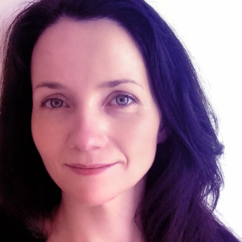 Elizabeth McGuane 1